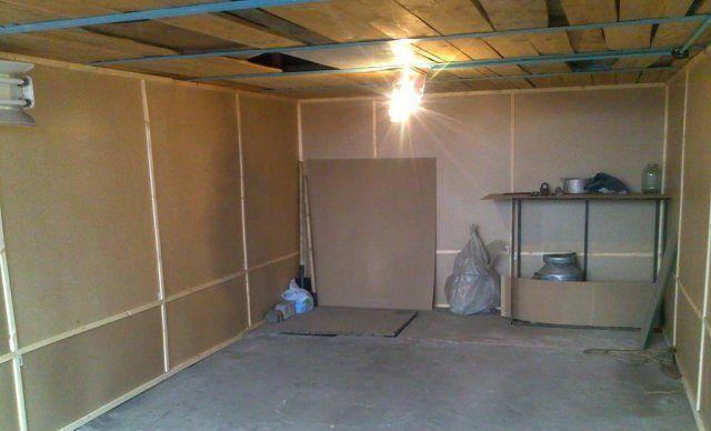 Подготовка стен под утепление в гараже