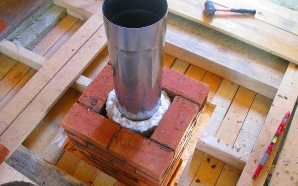 Шибер устанавливается одновременно с установкой системы отопления.