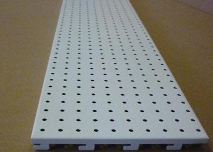 Металлическая панель