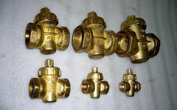 Муфтовые из латуни клапаны