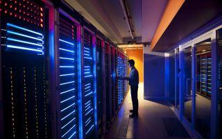 Выделенный сервер: что это такое, для кого и как им управлять