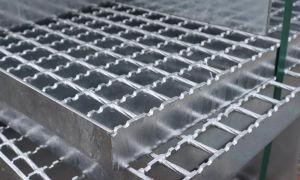 Почему стоит покупать решетку из нержавеющей стали