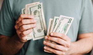 Должен ли я экономить или инвестировать свои деньги?